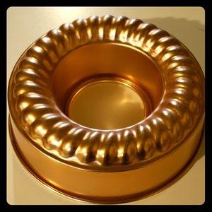 "Other - Vintage Copper Round Bundt Mold Pan 9.5"""